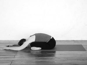 Square pose and fold