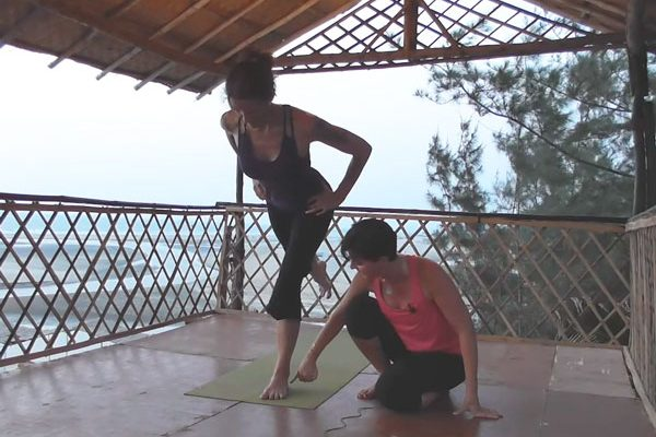 SI joint Stabilization and Yoga